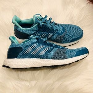 Adidas UltraBOOST ST Running Shoes Size 9.5
